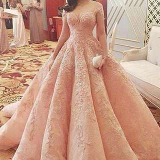 Customised ball gown type Wedding dress