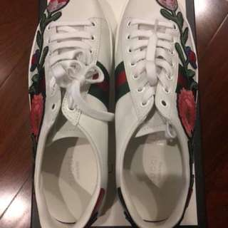 Authentic Brand New Gucci Ace Embroidered Floral Sneakers (size 38)