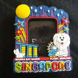 Singapore Picture Frame Magnet