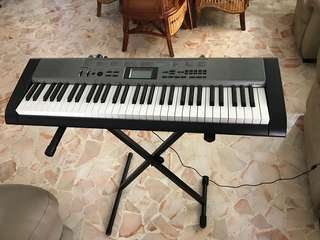 Casio electric piano keyboard
