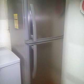Condura Two Door Refrigarator