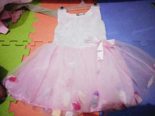Take all 3 dress for 500 pesos