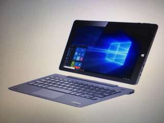 Tablet Laptop with Detachable Keyboard