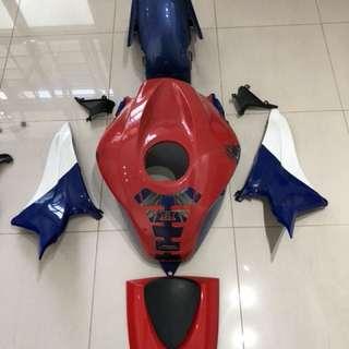 2007-2012 CBR600RR original fairing & accessories