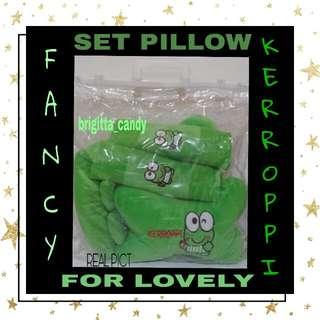 Set 3 in1 Fancy Pillow ( Bantal Sandaran Kepala utk Jok Mobil / Depan ) Fancy Kerroppi - Hijau #MakinTebel