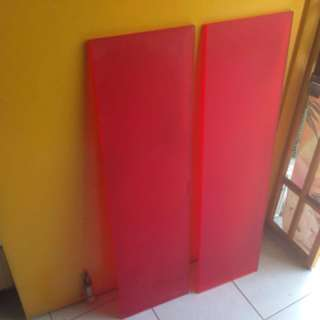 Display red board