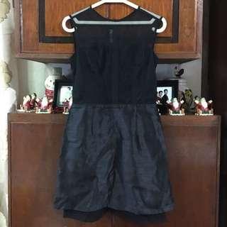 👱🏻♀️Karimadon Black Cocktail Dress