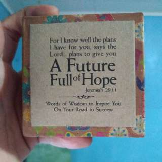 A Future Full of Hope by Papemelroti