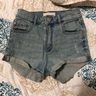 Denim shorts size 00