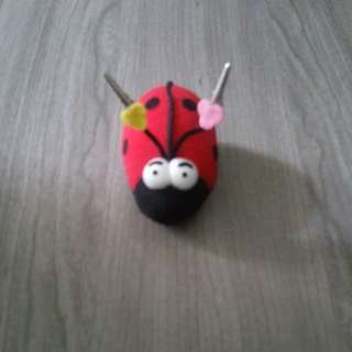 Ladybugs Namecard or Note Clip Holder