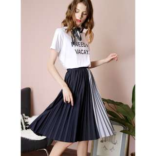 ENCHANT CONTRAST STRIPES PLEATED SKIRT (NAVY)