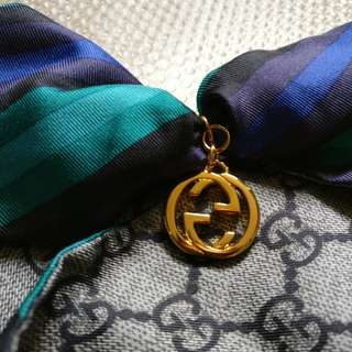 100%real 全新 Gucci Silk Twilly Scarf with Charm