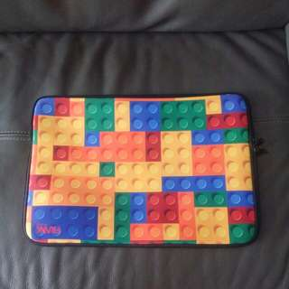 Laptop Sleeve (lego design)