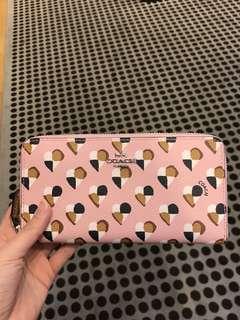 Coach pink heart acc zip wallet