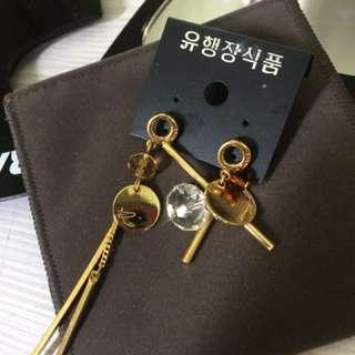 韓國垂墜式耳環