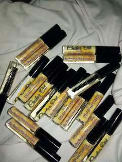 Castor Oil for Eyelashes and Eyebrows