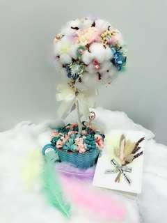 Cotton flower table arrangement
