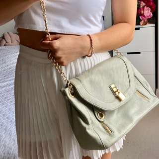 Taupe grey/brown chain pebbled shoulder bag