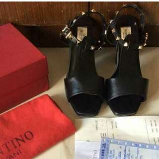 Valentino shoes (Please Read)