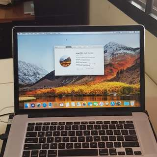 macbook pro 15 Early 2013. New display i7, 2.4GHz. 8GB 256HDD