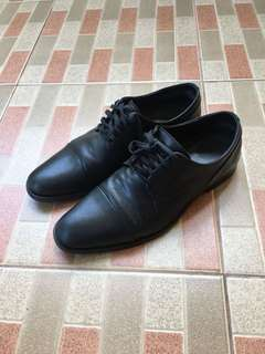 Sepatu Pantovel Calvin Klein Size 9,5