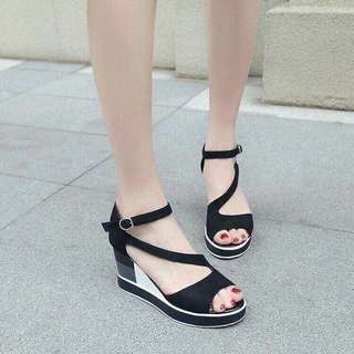 Php-500 Size (35-39)