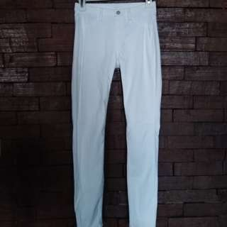 Uniqlo white pants stretchable preloved