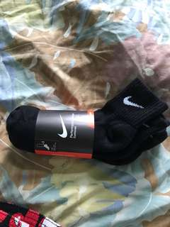 全新 Nike 低桶襪