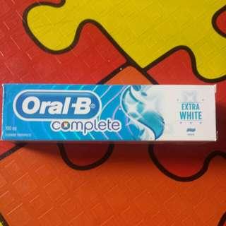 ORAL-B EXTRA WHITE TOOTHPASTE 100ML