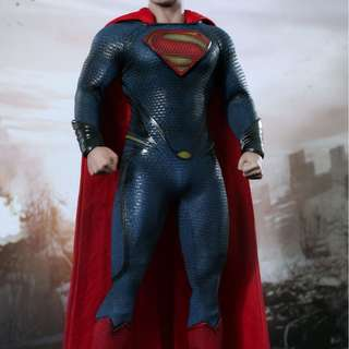 Hot Toys Man of Steel - SUPERMAN