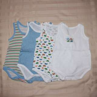 4 onesies - 6months up