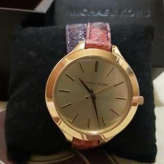 Michael Kors MK2390 Watch / Jam Tangan