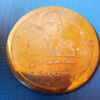 Coin soekarno