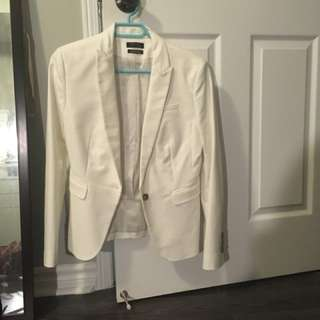 White suit blazer (RW&CO)