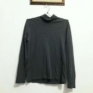 FREE ONGKIR !!! UNIQLO Gray Sweater - Turtleneck Abu Abu