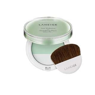 Laneige Anti Pollution Finishing Pact