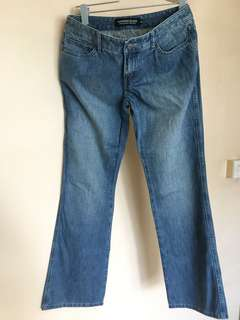Woman's Giordano Blue Jeans