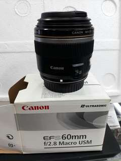 Canon EFS 60mm F/2.8 USM