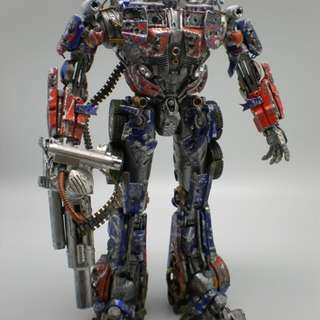 Transformers Limited Edition Optimus Prime