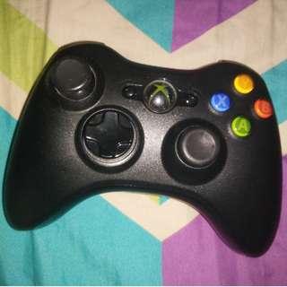 Authentic Microsoft Xbox 360 wireless black controller