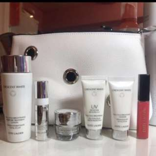 Estée Lauder travel set