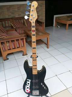 Fender Jazz bass made in usa 1990 - 1999   serial number :  N9418709