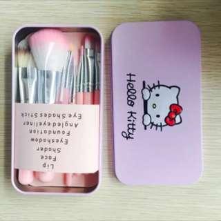 Hello Kitty Makeup Brush Set - pink