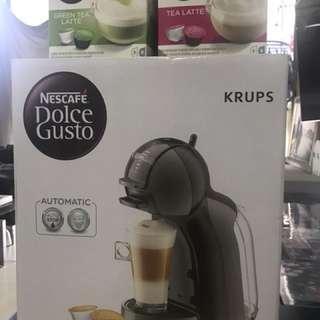 Brand new Nescafe Dolce Gusto mini me coffee machine