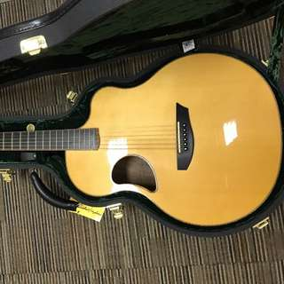 Mc Pherson 3.5 Acoustic Guitar