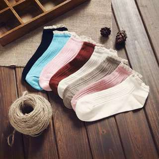 KOREAN STYLE SOCKS WITH LACE