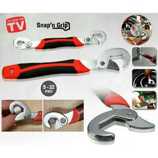 SNAP & GRIP Universal Wrench (PRE-ORDER)