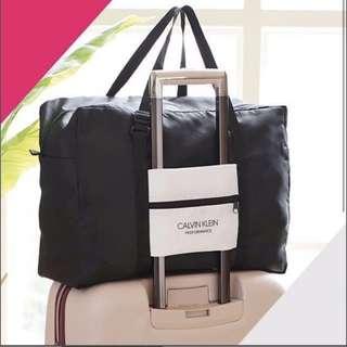 Calvin Klein 旅行袋