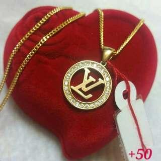 LV  Saudi Gold NECKLACE