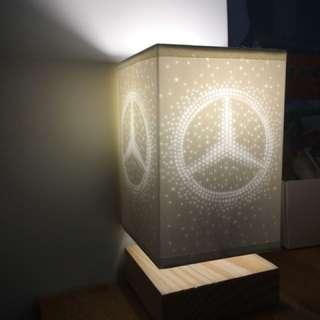 🚚 Mercedes-Benz 賓士原廠桌燈